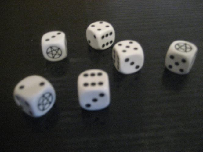 Hell-Dice White 6- Pack